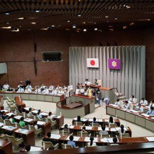 こども議会が京都府議会議場で開催